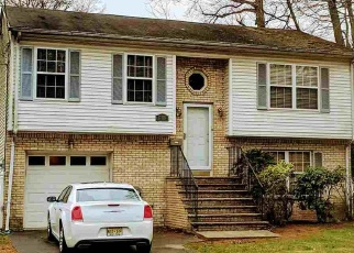 Foreclosed Home in LORRAINE AVE, Teaneck, NJ - 07666