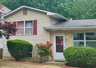 Foreclosed Home en ROSEMERE AVE, Silver Spring, MD - 20904