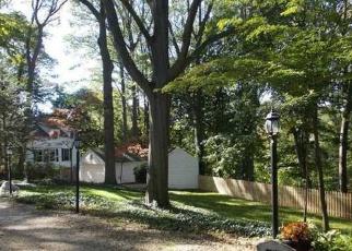 Casa en ejecución hipotecaria in Huntington, NY, 11743, A COVE RD ID: S6330084
