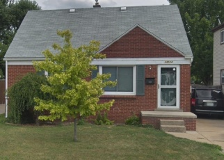 Foreclosed Home en HAYES AVE, Eastpointe, MI - 48021