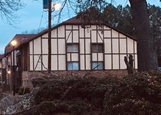 Foreclosed Home in CAMELOT DR, Atlanta, GA - 30349