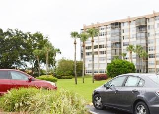 Foreclosed Home en SAINT CHARLES PL, Hollywood, FL - 33026