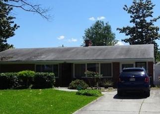 Foreclosed Home en TANGLEWOOD TRL, Chesapeake, VA - 23325
