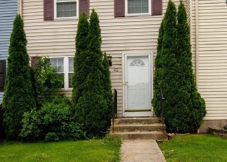 Foreclosed Home en WINDERSAL LN, Parkville, MD - 21234