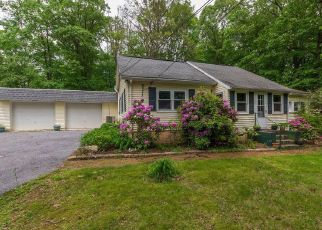 Foreclosed Home en DAUTRICH RD, Reading, PA - 19606
