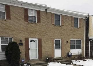 Foreclosed Home en FORT PULASKI CT, Dumfries, VA - 22026