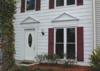 Foreclosed Home en KEARNYS INN PL, Waldorf, MD - 20602