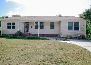 Casa en ejecución hipotecaria in Hampton, VA, 23669,  SURRY CT ID: S6330428