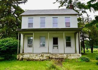 Casa en ejecución hipotecaria in Bethlehem, PA, 18017,  WEAVERSVILLE RD ID: S6330494