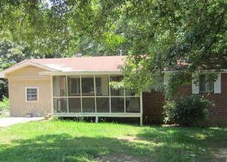 Casa en ejecución hipotecaria in Forest Park, GA, 30297,  GILBERT PL ID: S6330656