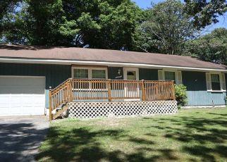 Casa en ejecución hipotecaria in Saint Leonard, MD, 20685,  LONG BEACH DR ID: S6330700