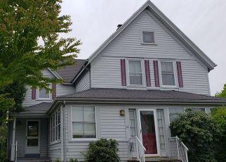 Casa en ejecución hipotecaria in Pawcatuck, CT, 06379,  WILLIAM ST ID: S6330758
