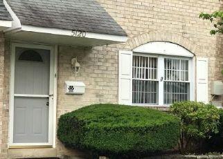 Casa en ejecución hipotecaria in Bensalem, PA, 19020,  BAY RD ID: S6330823