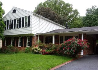 Casa en ejecución hipotecaria in Glenn Dale, MD, 20769,  KING ARTHUR CT ID: S6330882