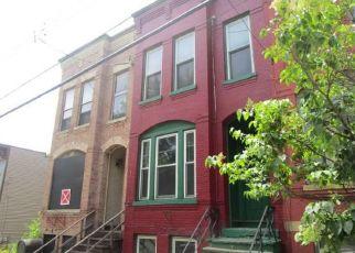 Casa en ejecución hipotecaria in Albany, NY, 12210,  1/5 1ST ST ID: S6330917