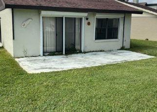 Casa en ejecución hipotecaria in Flagler Beach, FL, 32136,  PEBBLE BEACH CIR ID: S6332110