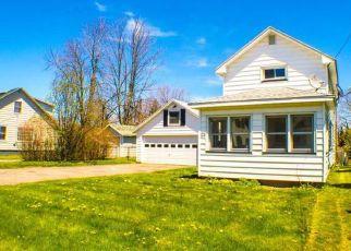 Casa en ejecución hipotecaria in Rochester, NY, 14612,  3RD AVE ID: S6332299