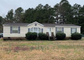 Casa en ejecución hipotecaria in Waverly, VA, 23890,  RAILROAD AVE ID: S6332448
