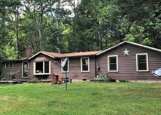 Casa en ejecución hipotecaria in Novelty, OH, 44072,  FAIRMOUNT RD ID: S6332596