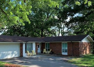 Casa en ejecución hipotecaria in Saint Louis, MO, 63146,  FEE FEE RD ID: S6332748