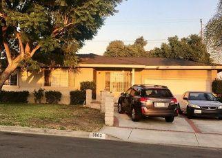 Casa en ejecución hipotecaria in Montclair, CA, 91763,  CAMARENA AVE ID: S6332986