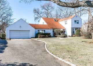 Casa en ejecución hipotecaria in Albertson, NY, 11507,  SEARINGTOWN RD ID: S6334455