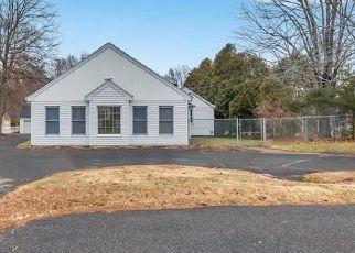 Casa en ejecución hipotecaria in Plantsville, CT, 06479,  MARION AVE ID: S6334575