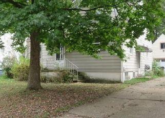 Casa en ejecución hipotecaria in Cuyahoga Falls, OH, 44221,  6TH ST ID: S6334865