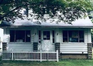 Casa en ejecución hipotecaria in Chagrin Falls, OH, 44022,  GILES RD ID: S6334871