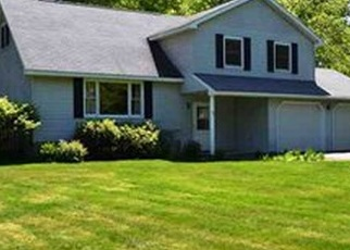 Casa en ejecución hipotecaria in Ballston Spa, NY, 12020,  MEADOW RUE PL ID: S6334873