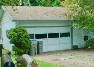 Foreclosure Home in Portland, OR, 97223,  SW SUMMER ST ID: S6335962