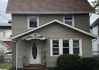 Casa en ejecución hipotecaria in Canton, OH, 44706,  BRYAN AVE SW ID: S6335966