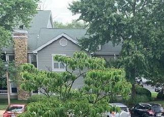 Casa en ejecución hipotecaria in Fairfax, VA, 22033,  AUTUMN WOODS WAY ID: S6336682