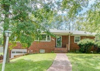 Casa en ejecución hipotecaria in Temple Hills, MD, 20748,  DALTON ST ID: S6336921