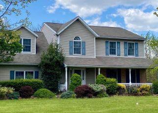 Casa en ejecución hipotecaria in Gilbertsville, PA, 19525,  PINEHURST WAY ID: S6336944