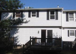 Casa en ejecución hipotecaria in Ellington, CT, 06029,  MAPLE ST ID: S6337125