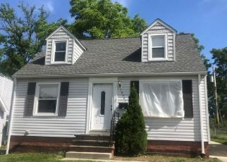 Casa en ejecución hipotecaria in Maple Heights, OH, 44137,  RAYMOND ST ID: S6337209
