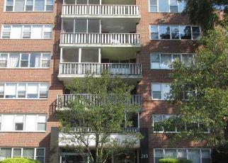 Casa en ejecución hipotecaria in Scarsdale, NY, 10583,  GARTH RD ID: S6339217
