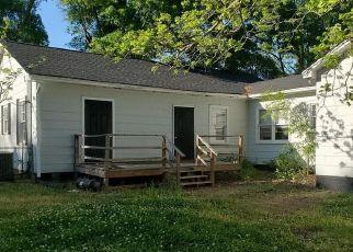 Casa en ejecución hipotecaria in York, SC, 29745,  CHARLOTTE ST ID: S6339389