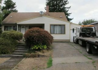Foreclosure Home in Portland, OR, 97216,  SE SALMON ST ID: S6339504