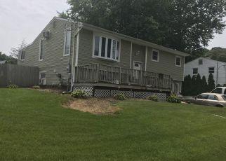 Casa en ejecución hipotecaria in Farmingville, NY, 11738,  CRESTWOOD LN ID: S6339564