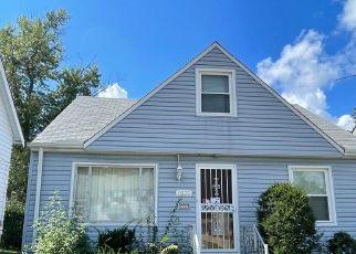 Casa en ejecución hipotecaria in Euclid, OH, 44117,  E 221ST ST ID: S6340014